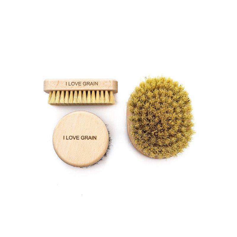 A set of massage brushes - medium