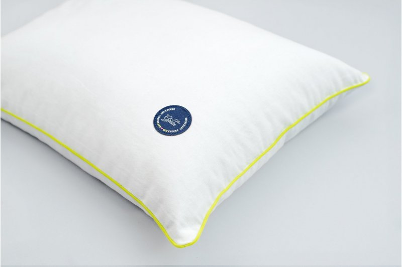 GAJA PILLOW WITH SPELT HUSK 30x40 DARK BLUE/LIME