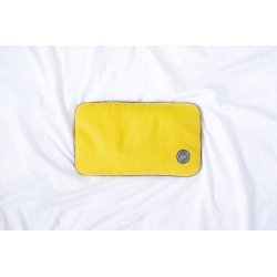 TRAVEL PILLOW WITH SPELT HUSK GREY/GREY/YELLOW