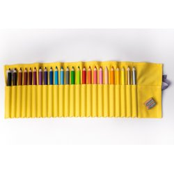 24 CRAYON SET IN YELLOW COVER