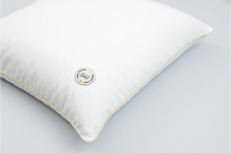 JAŚKA PILLOW WITH BUCKWHEAT 40x40 CREAM/CREAM